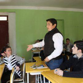 სტუდენტური  დისკუსია ჩაქვის საჯარო სკოლაში