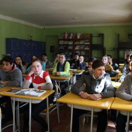 სიუჟეტი-მოსწავლე და მასწავლებელი დღეს