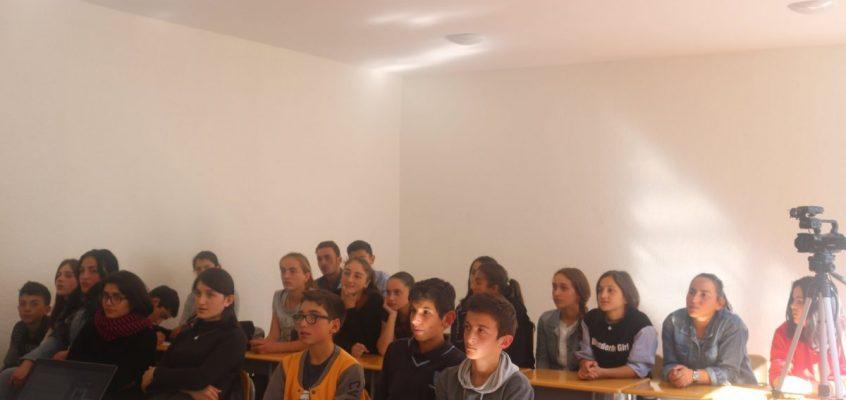 დისკუსია სოფელ დიოკნისის საჯარო სკოლაში